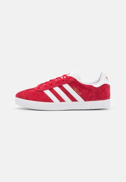 adidas Originals - GAZELLE SHOES - Sneakers basse - red