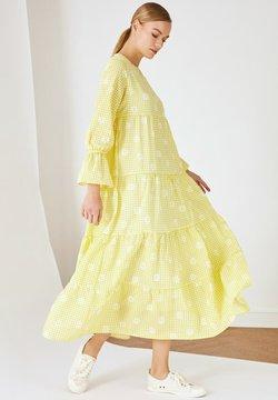 Trendyol - Freizeitkleid - yellow