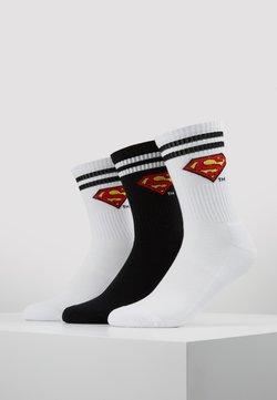 Mister Tee - SUPERMAN 3 PACK - Socken - white/black/white
