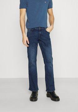 Mustang - OREGON - Bootcut-farkut - denim blue