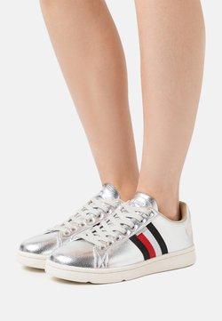 Superdry - VINTAGE TENNIS TRAINER - Sneakers - silver