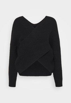Even&Odd - CROSS FRONT BARDOT - Sweter - black
