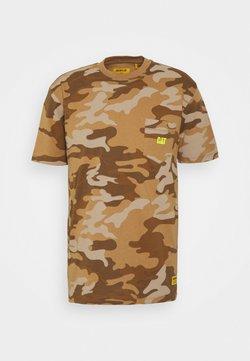 Caterpillar - POCKET TEE - Camiseta estampada - light brown