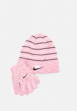 Nike Sportswear - SPACE DYED BEANIE AND GLOVES SET UNISEX - Mütze - pink glaze