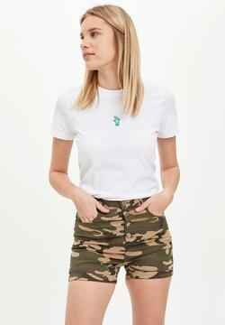 DeFacto - Shorts - khaki