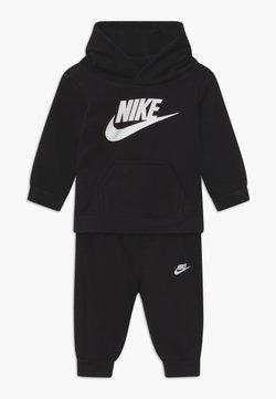 Nike Sportswear - CLUB HOODIE SET - Survêtement - black