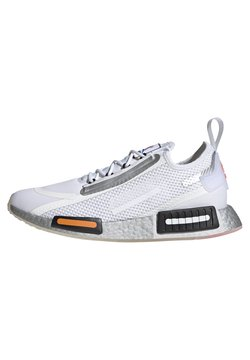 adidas Originals - NMD_R1 SPECTOO UNISEX - Sneakersy niskie - footwear white/core black