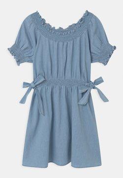 Cotton On - SAMIRA - Jeanskleid - light blue wash