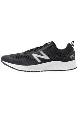 New Balance - FRESH FOAM ARISHI V3 - Chaussures de running neutres - black