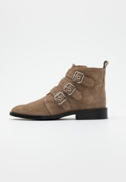 Shoe The Bear - FINNA BUCKLE - Ankle Boot - taupe