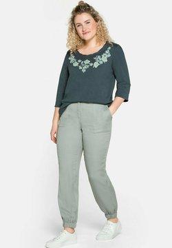 Sheego - Pantalon classique - eukalyptus