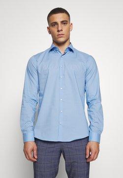 Calvin Klein Tailored - STRETCH - Businesshemd - light blue