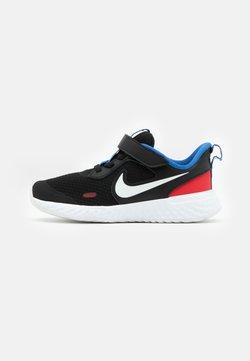 Nike Performance - REVOLUTION 5 UNISEX - Laufschuh Neutral - black/white/university red/game royal