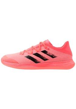 adidas Performance - ADIZERO FASTCOURT TOKYO - Handballschuh - signal pink/core black/copper metallic