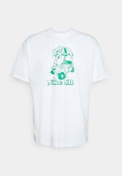 Nike SB - TEE WRECKED UNISEX - Print T-shirt - white