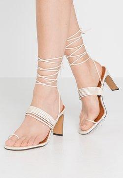 NA-KD - STRAPPY  - Sandalen met hoge hak - offwhite