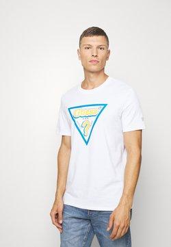 Guess - STICKY - T-shirt z nadrukiem - blanc pur