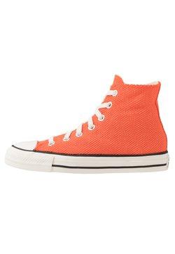 Converse - CHUCK TAYLOR ALL STAR - Sneakersy wysokie - bold mandarin/fuel orange/egret