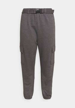 Missguided Plus - PLUS CARGO JOGGER WITH BUCKLE - Jogginghose - charcoal
