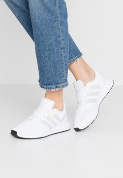 adidas Originals - SWIFT - Sneakers laag - footwear white/grey one/core black