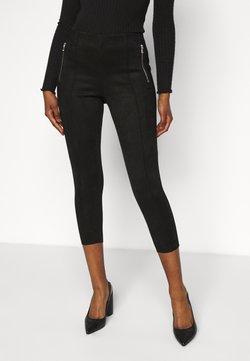 Vero Moda Petite - VMCAVA ZIP LEGGING - Spodnie materiałowe - black
