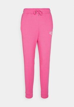 Von Dutch - ELLIS - Tracksuit bottoms - pink