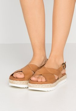 Barbour - AISLA - Sandalen met plateauzool - tan