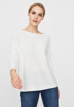 Vero Moda - VMNORA BOATNECK - Jersey de punto - snow white