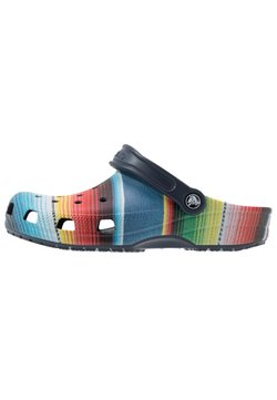 Crocs - CLASSIC STRIPED - Clogs - multicolor/navy