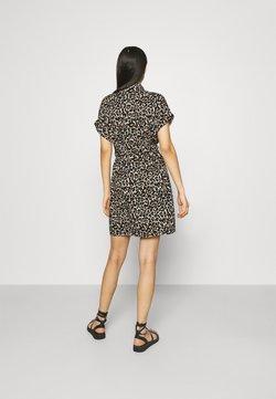 Vero Moda - VMSIMPLY EASY SHIRT DRESS - Sukienka koszulowa - oatmeal