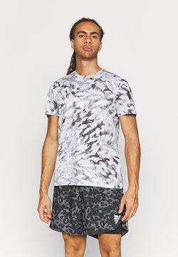 adidas Performance - FAST ALL OVER SUPERNOVA AEROREADY - T-shirt z nadrukiem - grey one/white