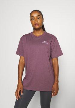 Under Armour - OVERSIZED GRAPHIC - T-shirt basic - purple