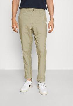 GAP - SLIM TAPER EASY PANT - Trousers - field stone
