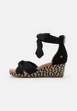 UGG - YARROW - Korkeakorkoiset sandaalit - black