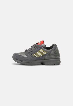 adidas Originals - ZX 8000 LEGO UNISEX - Sneaker low - grey