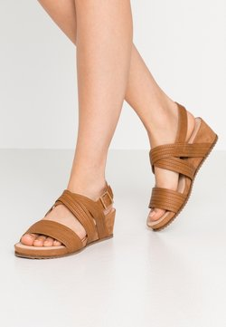 Evans - WIDE FIT LOW WEDGE - Sandalen met sleehak - tan