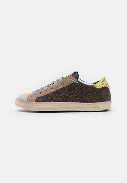 P448 - UNISEX - Sneaker low - brown