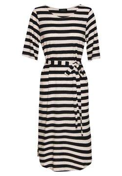 Selected Femme Petite - BEACH DRESS - Vestido ligero - black/white