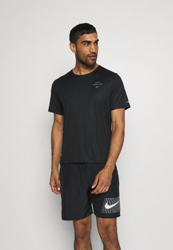 Nike Performance - Nike Run Division - Camiseta estampada - black/reflective silver