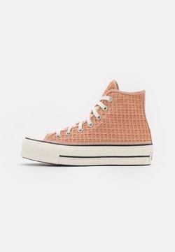 Converse - CHUCK TAYLOR ALL STAR LIFT - Korkeavartiset tennarit - vachetta beige/egret/black