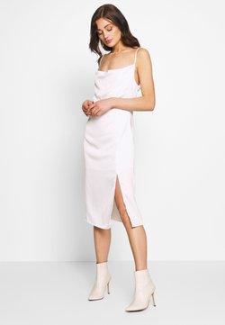 NA-KD - ZALANDO X NA-KD - Cocktailkleid/festliches Kleid - white