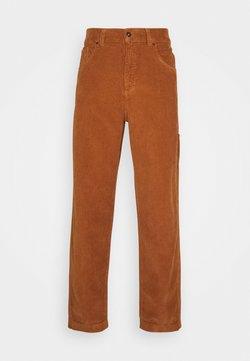 Kickers Classics - CARPENTER TROUSER - Pantalon classique - brown