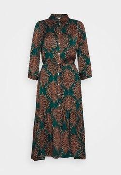 Esqualo - DRESS FERN PRINT - Blusenkleid - teal