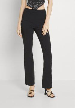 Vero Moda - VMKAMMAKOMET FLARED PANT - Jeans a zampa - black
