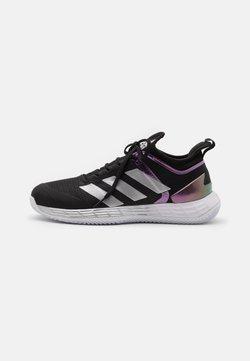 adidas Performance - ADIZERO UBERSONIC 4 CLAY - da tennis per terra battuta - core black/silver metallic/footwear white