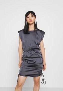 Missguided Petite - SHOULDER PAD DRAWSTRING MINI DRESS - Vestido de cóctel - blue