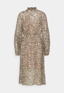 Selected Femme Petite - SLFMINGI MIDI DRESS PETITE - Vestido informal - sandshell