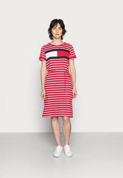 Tommy Hilfiger - ABO REGULAR T-SHIRT DRESS - Jerseykleid - classic brenton/primary red