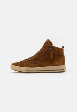 Gabor Comfort - Sneakers hoog - cognac