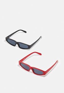 Urban Classics - SUNGLASSES LEFKADA UNISEX 2 PACK - Gafas de sol - black/red